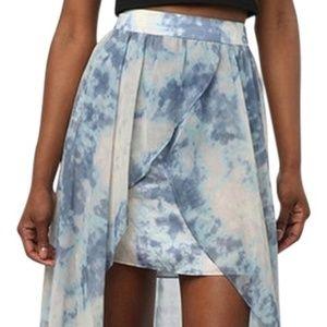 Urbin Outfitters Kimchi Blue White Tie-Dye Skirt